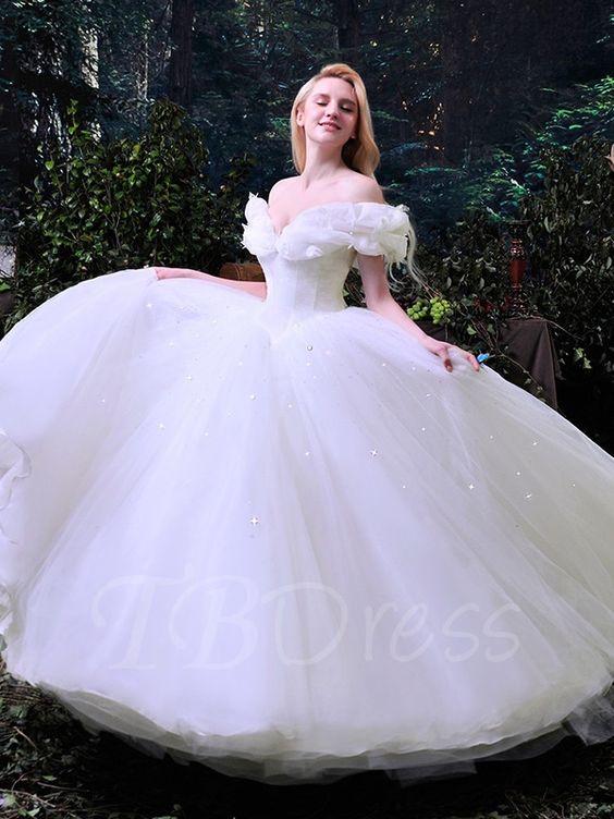ảnh váy cưới lấp lánh